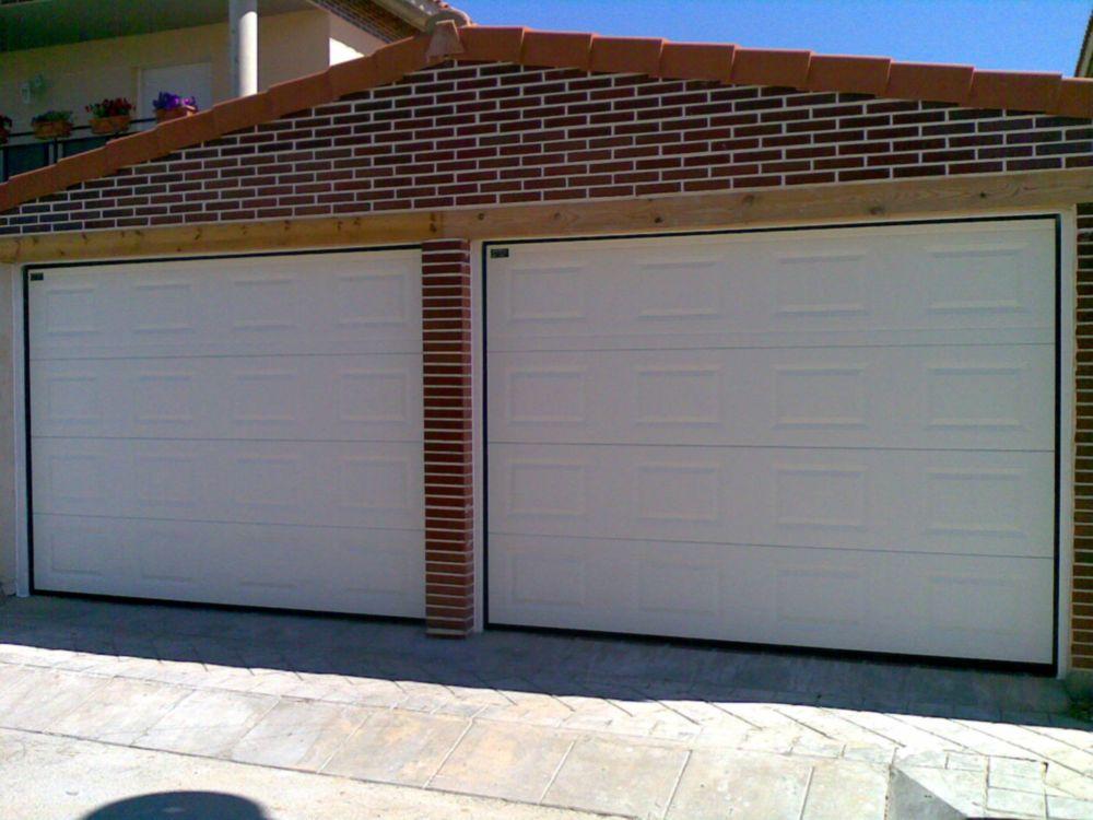 puertas garaje seccionales 01 - Instalacion persianas castelldefels reparacion persianas castelldefels