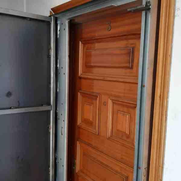 woo1 600x600 - Puertas Antiokupa con Cerradura Inteligente