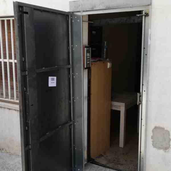 woo2 600x600 - Puertas Antiokupa sin Servicio de Instalación