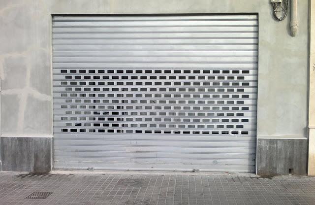 persianas comerciales - Reparación de persianas en Barcelona Persianistas rápidos y baratos en Barcelona